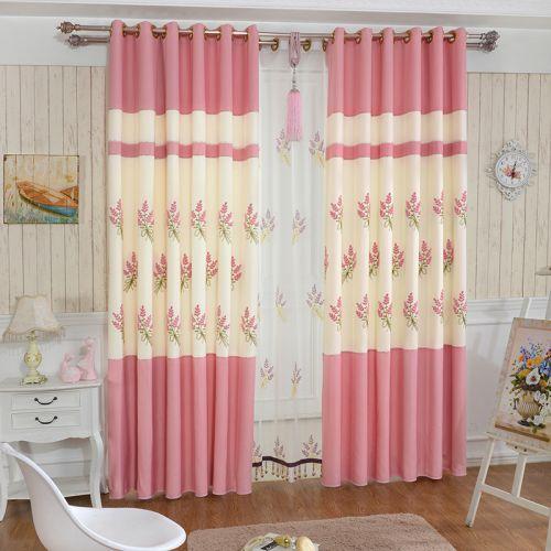 粉色印花田园现代窗帘效果图