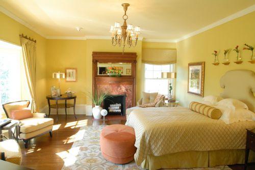 黄色典雅简欧风格卧室软床装修图
