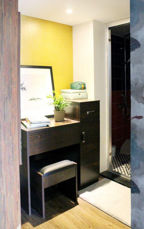 中式风格一居室卧室壁纸装修图片