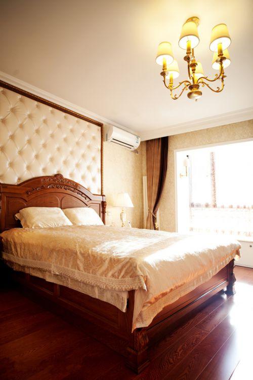 奢华欧式风格卧室软包背景墙效果图