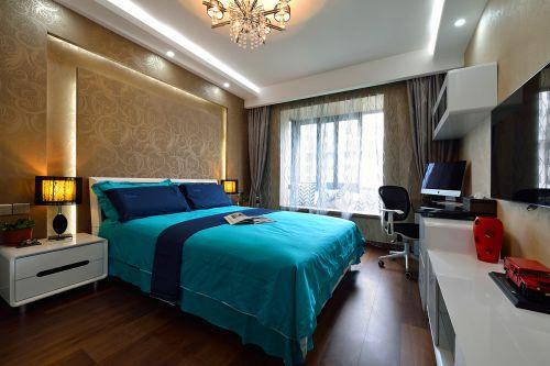 温馨欧式风格卧室床头柜效果图