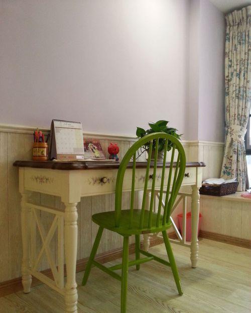 家装欧式风格卧室书桌效果图欣赏