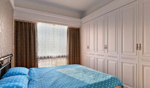 田园风格三居室卧室床装修效果图