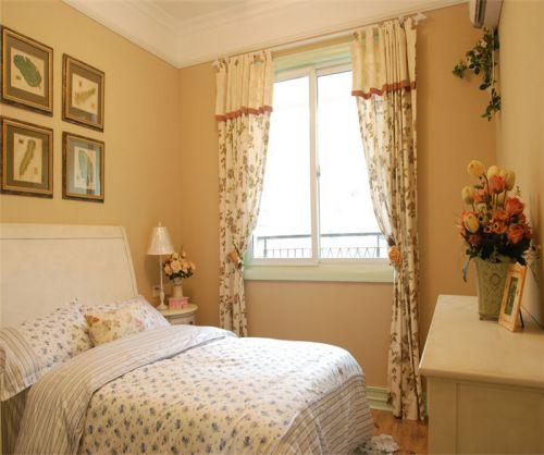 田园风格二居室卧室窗帘装修图片