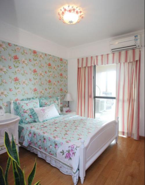 地中海风格三居室卧室背景墙装修效果图