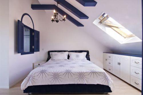 地中海风格三居室卧室吊顶装修效果图
