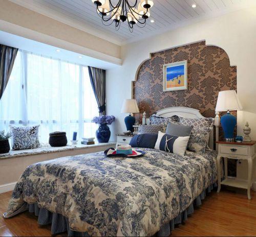 地中海風格四居室臥室飄窗裝修效果圖