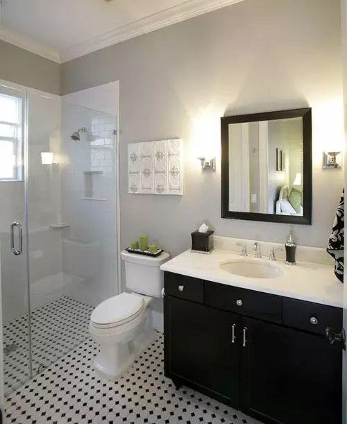 现代简约黑白配卫生间洗手台设计