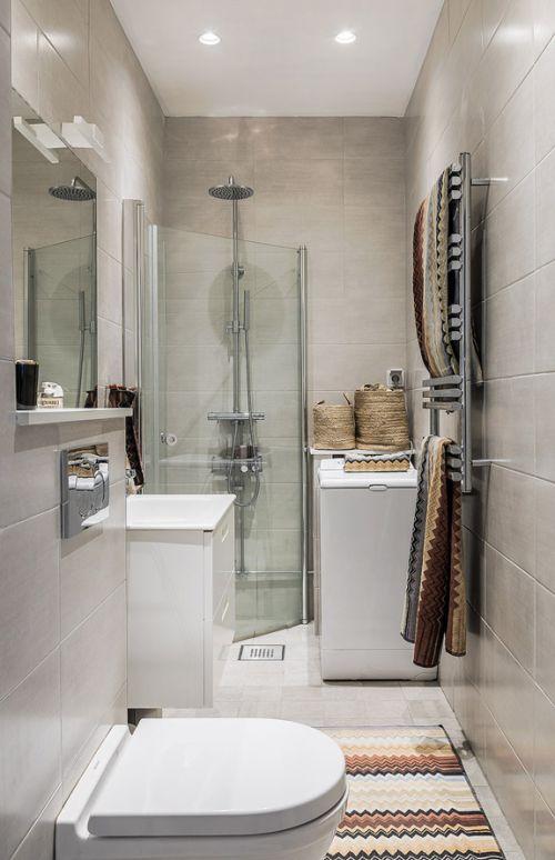 现代风格时尚小巧卫生间装修设计图