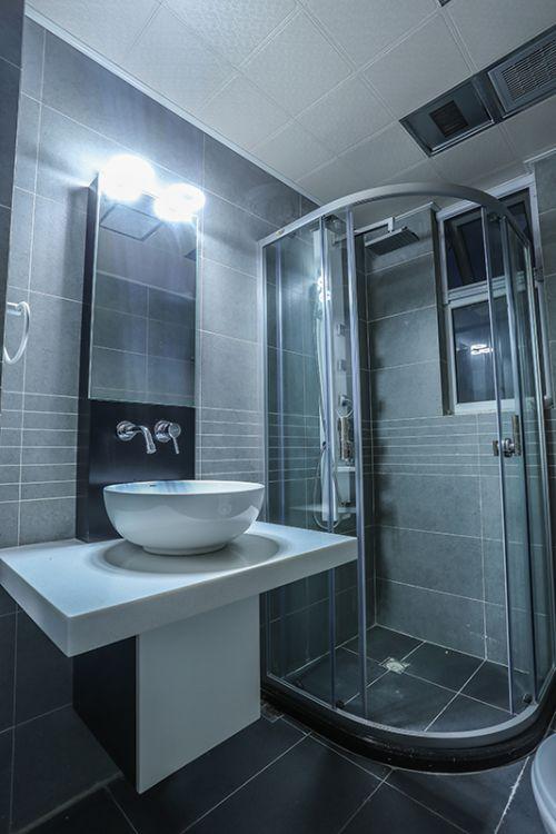 现代风格硬朗灰色系卫生间隔断效果图