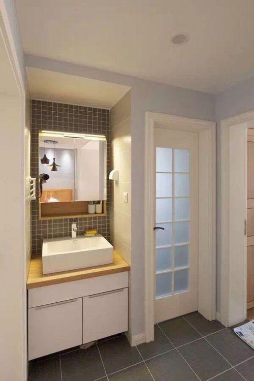 现代简约二居室卫生间背景墙装修效果图欣赏