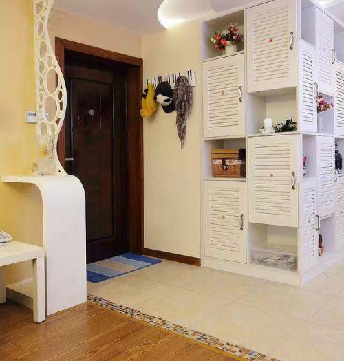 89平现代风格两居实用玄关鞋柜图片