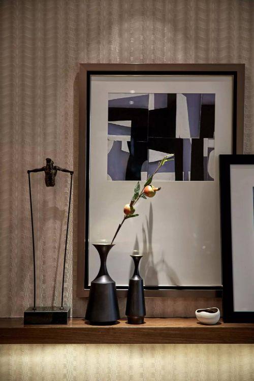 现代简约三居室玄关壁纸装修效果图