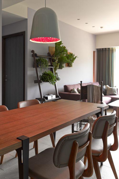 雅致现代风格餐厅灯具装修实景图