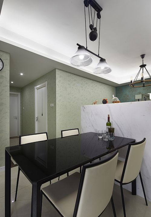 华丽现代风格餐厅灯具效果图欣赏