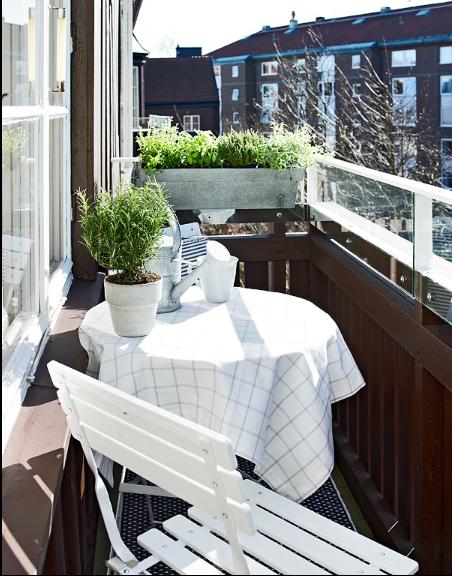 现代简约一居室阳台装修图片欣赏