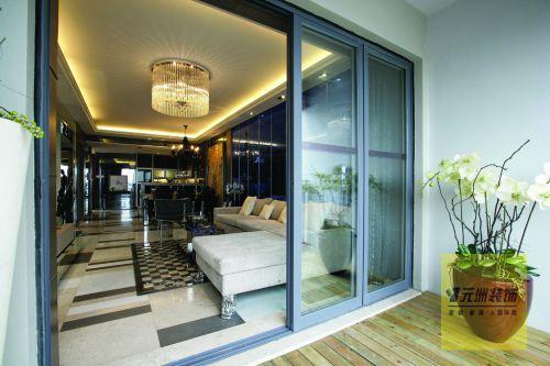 现代奢华三居室阳台背景墙装修效果图