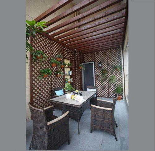 现代简约二居室阳台装修效果图欣赏