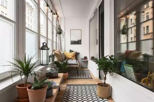 现代简约三居室阳台飘窗装修效果图