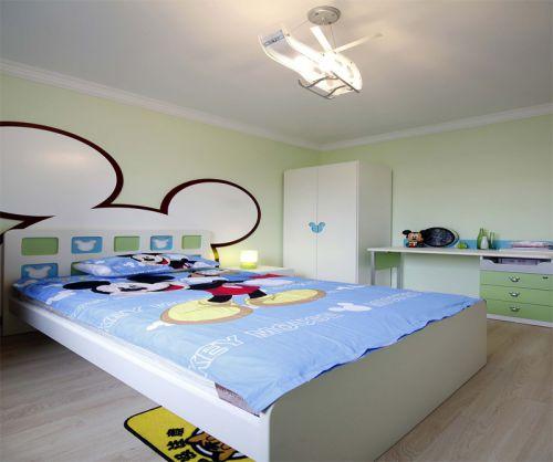 现代简约二居室儿童房组合柜装修效果图欣赏