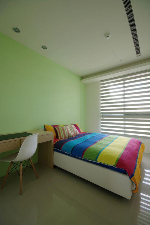 现代简约四居室儿童房窗帘装修效果图欣赏