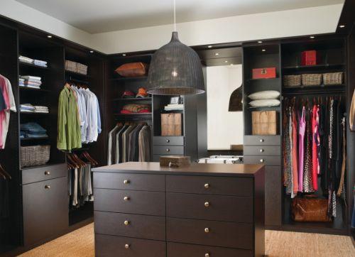 现代简约黑色时尚衣帽间衣柜装修效果图设计