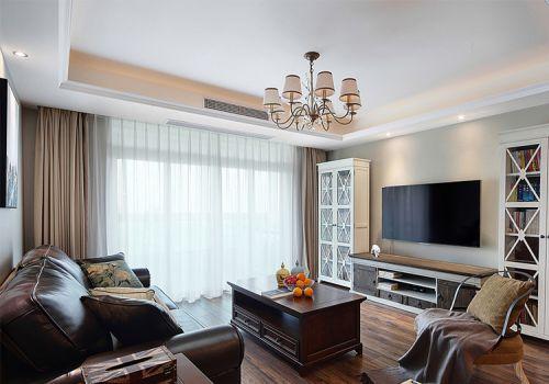 清爽美式客厅装修设计