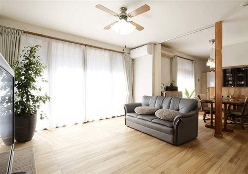 简洁美式客厅装修设计
