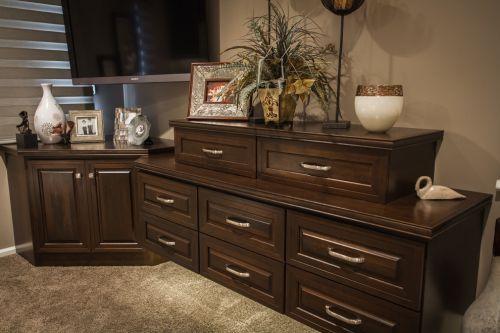 美式雅致时尚客厅收纳柜设计装修图