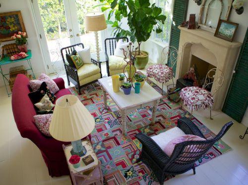 混搭风格米色温馨客厅装修欣赏