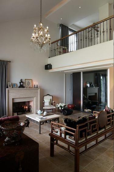 古典中西混搭个性风格别墅客厅装饰案例