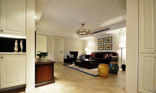 白色雅致混搭个性客厅装潢美图欣赏