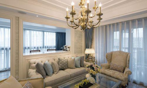 米色精致简欧风格客厅图片欣赏