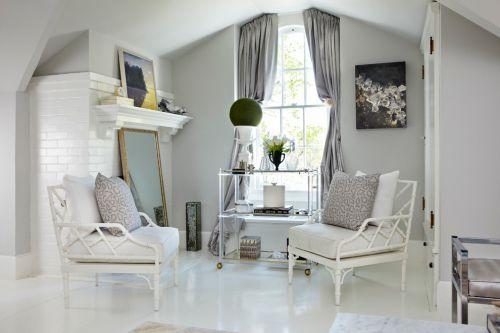 宜家风格白色休闲客厅装修图