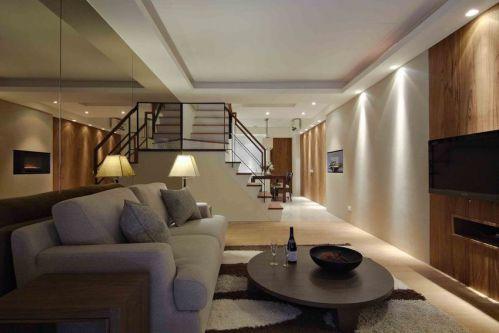 宜家风格原木色客厅设计图