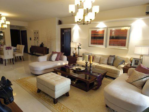 白色简欧风格客厅装修图欣赏