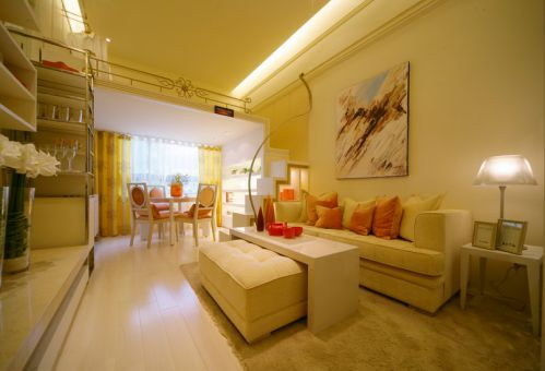 黄色简欧风格温馨时尚客厅图片