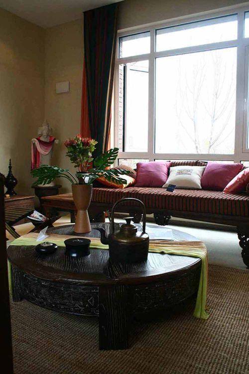 东南亚民俗风格客厅设计效果
