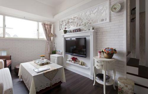白色东南亚风格客厅电视隔断设计案例