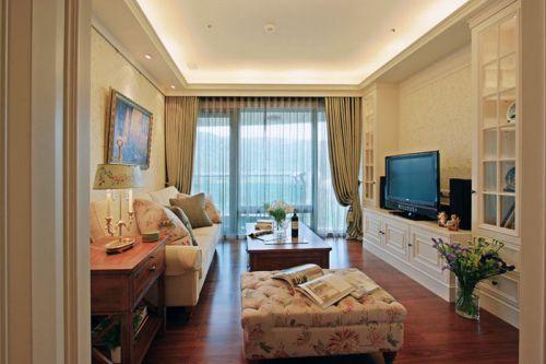 优雅浪漫田园风格客厅装饰案例