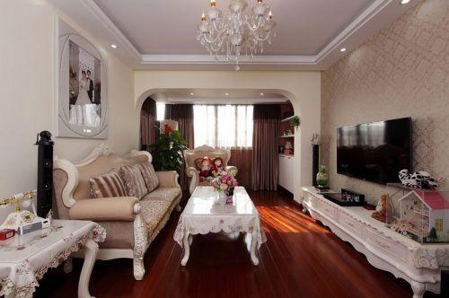 米色欧式田园风格客厅设计装潢