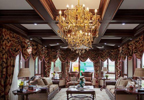 木质田园客厅吊顶设计