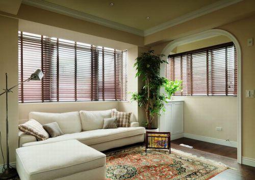 田园风格黄色客厅装饰设计图片