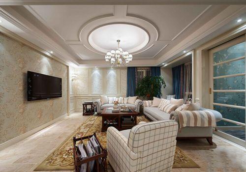 纯白欧式客厅吊顶欣赏