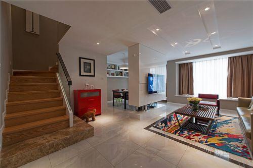 簡約風大氣白色客廳裝飾案例