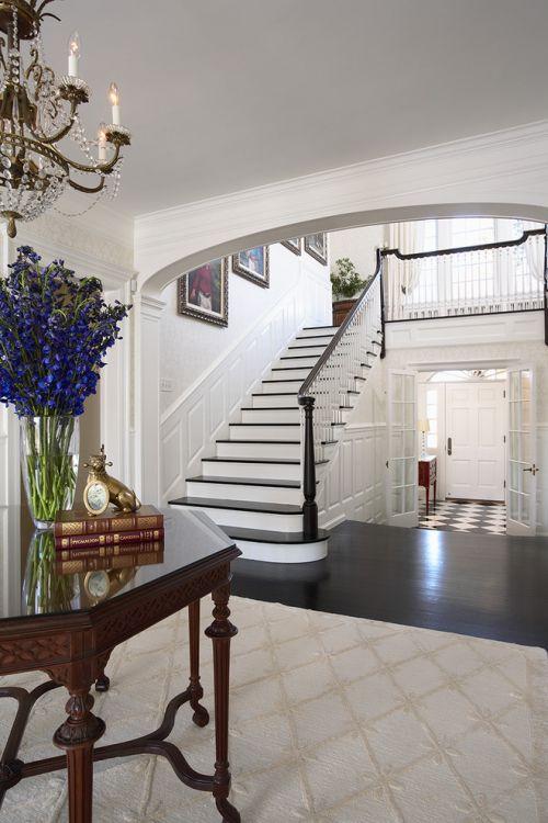 简约大气奢华客厅楼梯图片欣赏