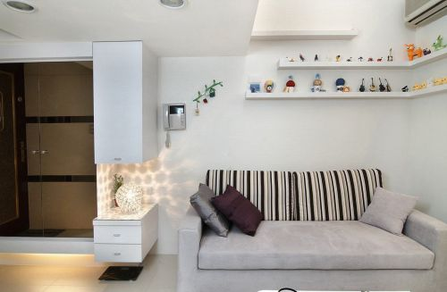 2018白色純粹簡約客廳設計