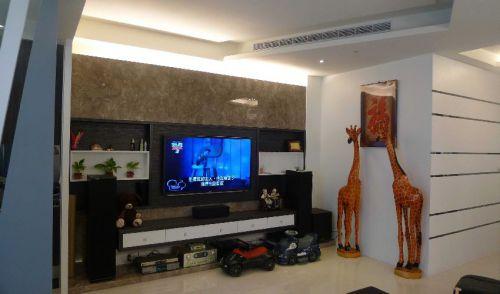 黑色现代客厅背景墙设计图