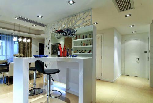 白色現代客廳隔斷裝潢設計