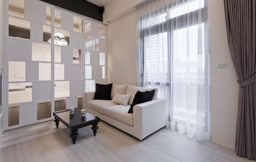 白色现代风客厅隔断美图